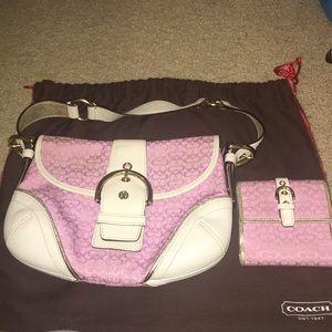 Mini coach pink shoulder bag